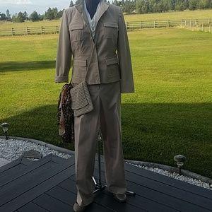 Stretch khaki suit